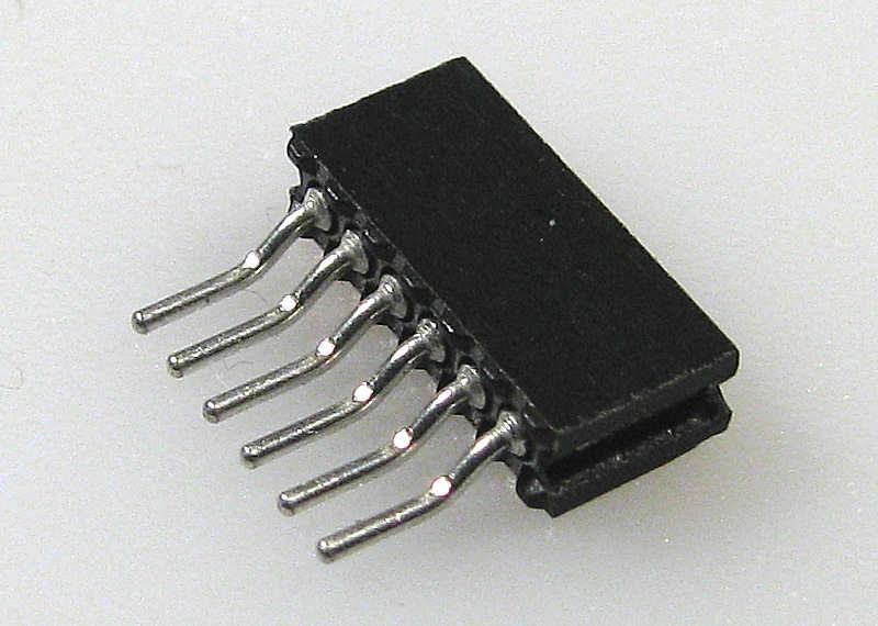 Digitalización de la E-101 SteckerBuchsen%5CNEM_651_SMD